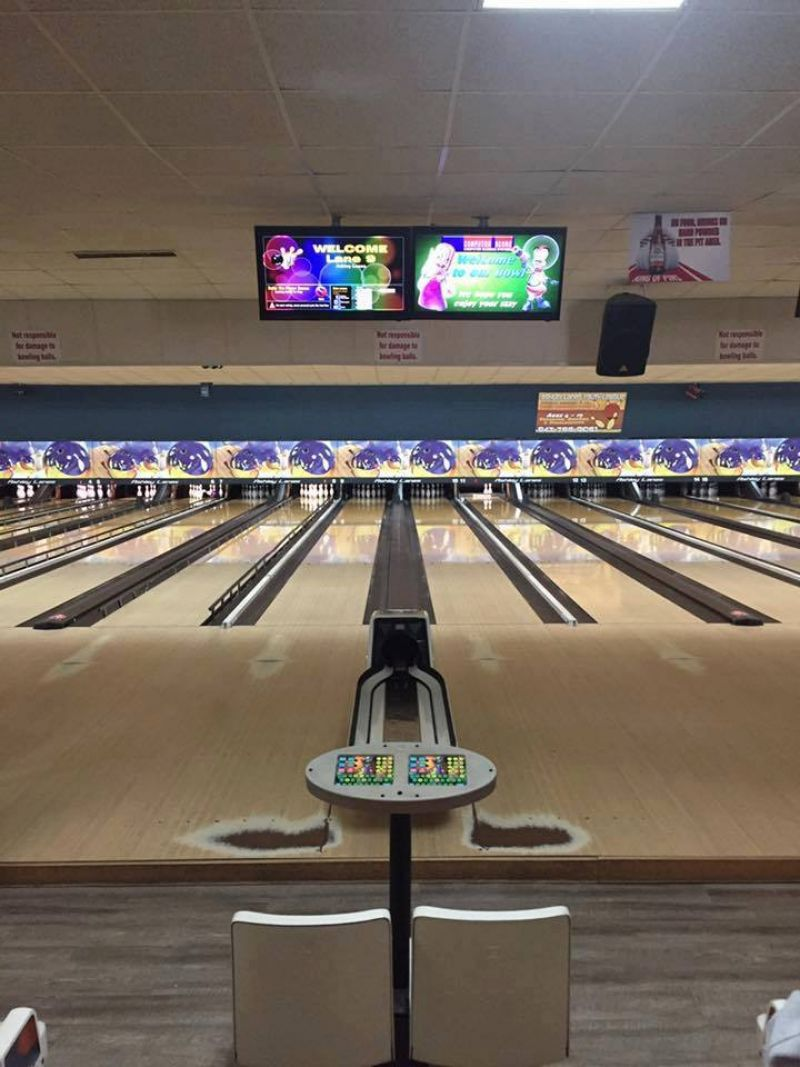 West Ashley - Ashley Lanes