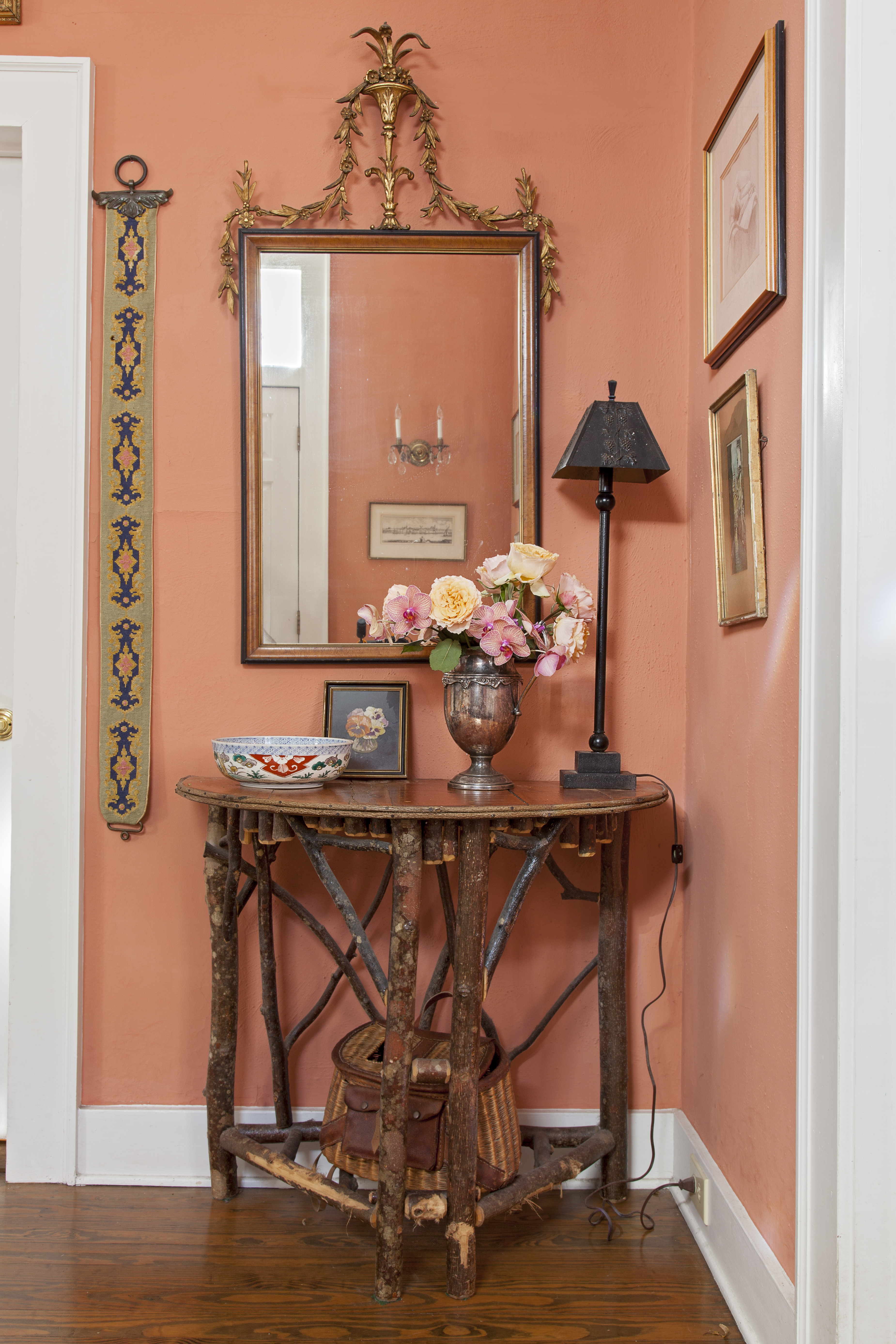 A welcoming vignette in the entry way