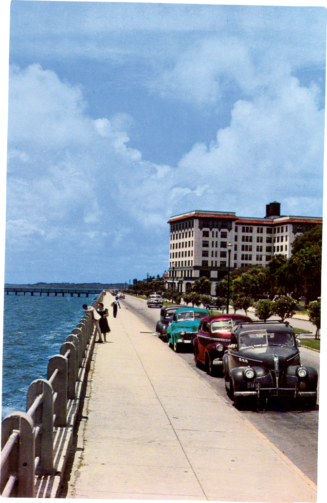 Looking down the Battery towards the Fort Sumter Hotel, circa 1950