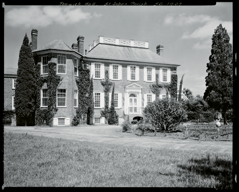 The estate in 1933 after the Morawetz restoration led by architect Albert Simons; image courtesy of Library of Congress