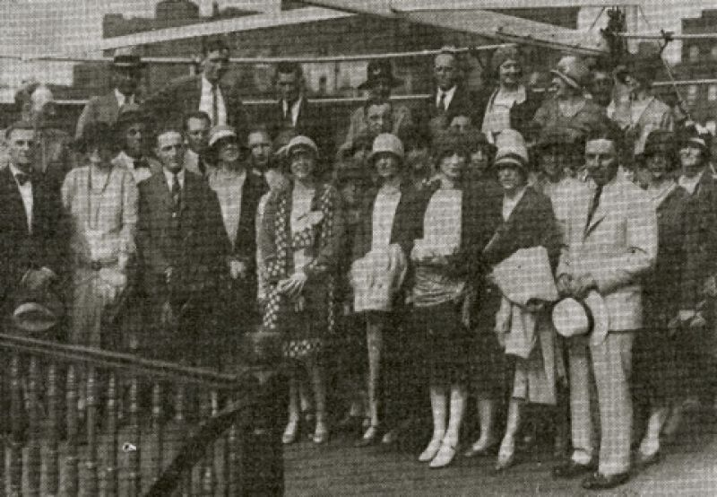 1929: Charleston's Society for the Preservation of Spirituals performed at the Thursday Evening Club in New York City as guest of Marjorie Morawetz, who had seen the group in Boston a year prior.