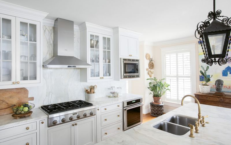 They also upgraded the appliances for home chef Melvin and added brass fixtures.