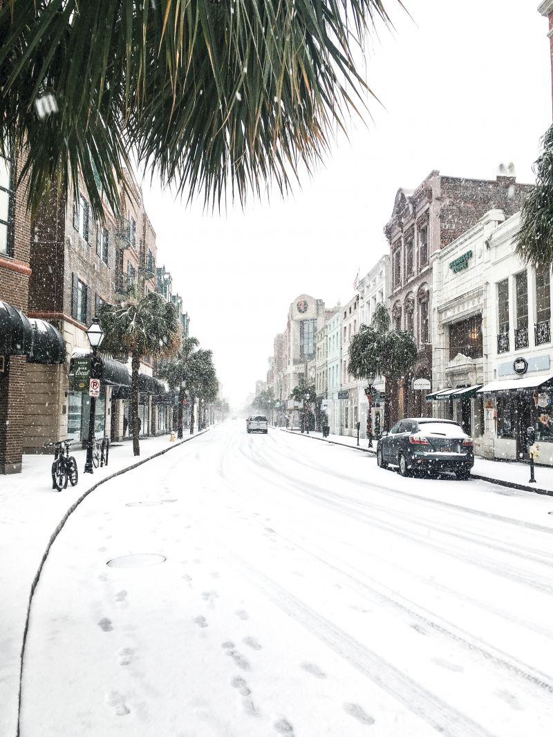 <strong>King Street: </strong>Not since December 1989 had Charleston seen such an accumulation of snow. The record-setting storm officially dumped 5.3 inches at Charleston International Airport, with the peninsula getting approximately four; <em>photograph byMolly Wickham</em>